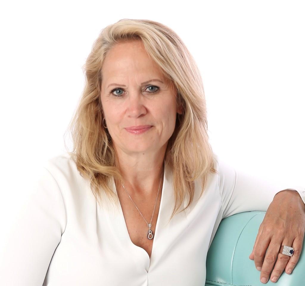 Ms Lori Berard